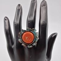 Ručno rađeni tirkiz prsten od maslinovog drva i epoxy smole