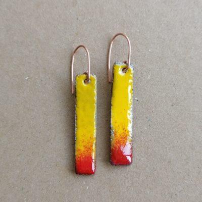 žuto crvene naušnice emajl na bakru